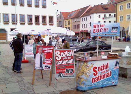 NPD-Stand in Neumarkt